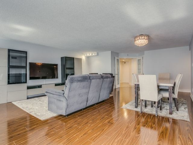 100 Arbors Lane 505, Vaughan, ON - CAN (photo 4)