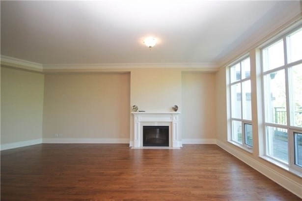 7071 Bayview Ave Ph5, Markham, ON - CAN (photo 4)