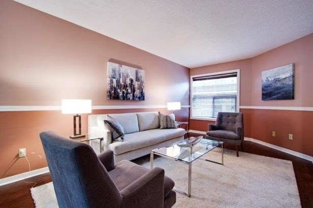 29 Jonathan Gate, Vaughan, ON - CAN (photo 4)