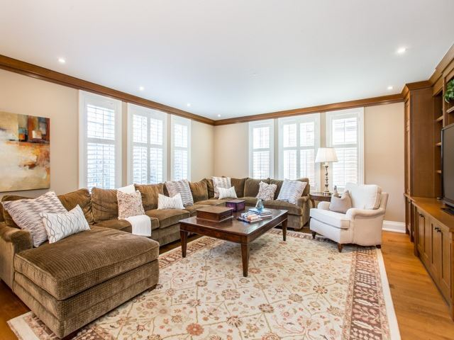 481 Russell Hill Rd, Toronto, ON - CAN (photo 4)