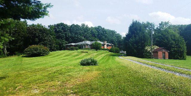 151 Sunshine Lane, White Oak, WV - USA (photo 2)