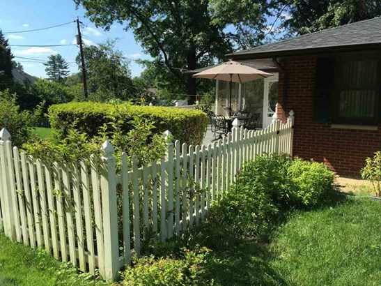 109 Ricketts Road, Huntington, WV - USA (photo 3)