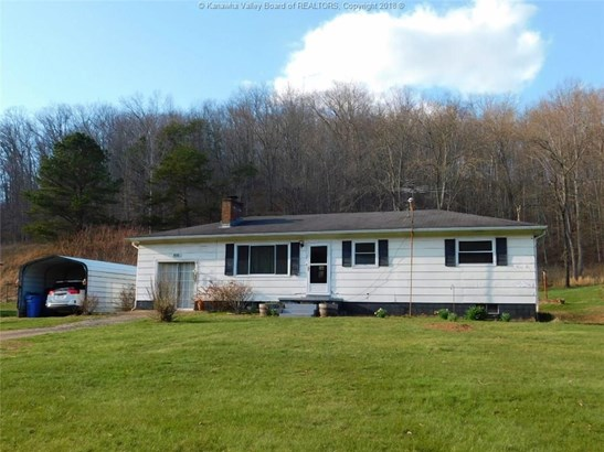 1009 Garretts Bend, Griffithsville, WV - USA (photo 1)