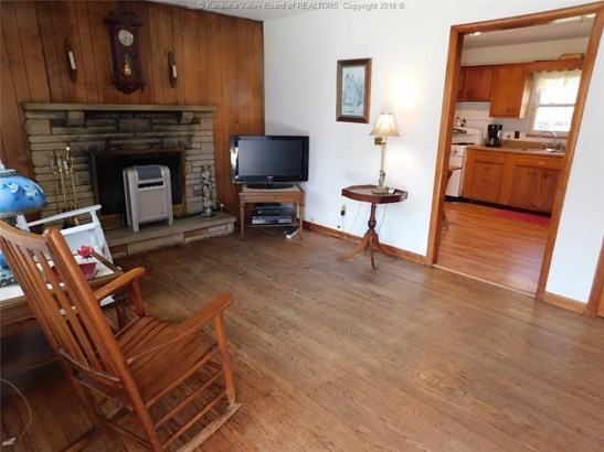 1009 Garretts Bend, Griffithsville, WV - USA (photo 2)