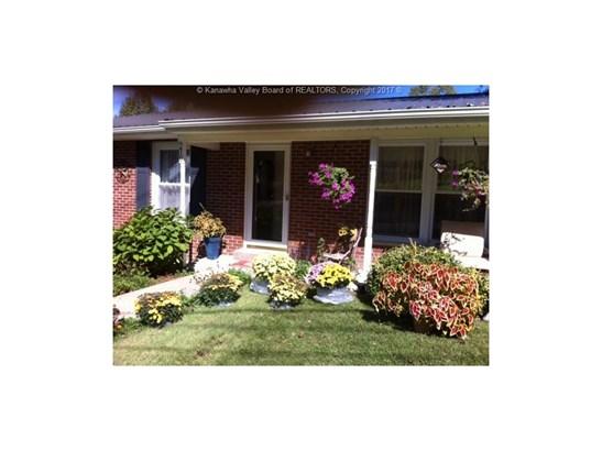 210 Elm Street, Elkview, WV - USA (photo 2)