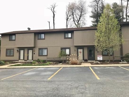 135 Cherrywood Villa, Beaver, WV - USA (photo 1)