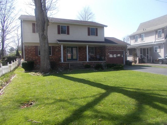 402 Parkway Street, Beckley, WV - USA (photo 3)
