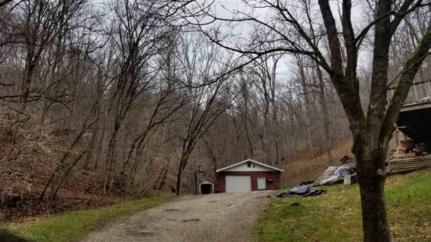 2752 Toms Creek Road, Barboursville, WV - USA (photo 3)