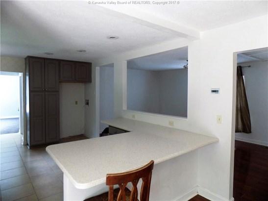 2079 Oakridge Drive, Charleston, WV - USA (photo 4)