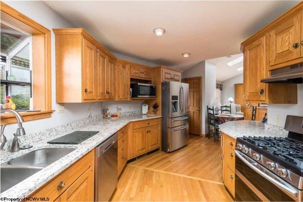 616 Schubert Place, Morgantown, WV - USA (photo 5)
