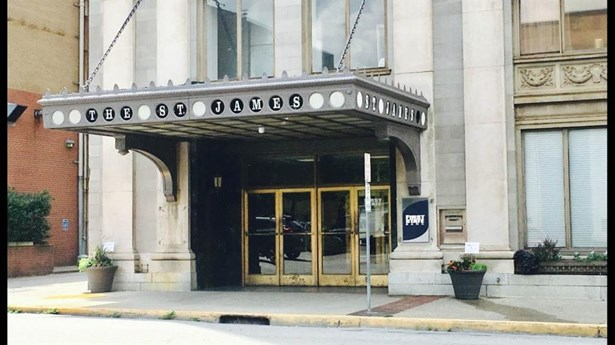 401 10th Street #902, Huntington, WV - USA (photo 1)