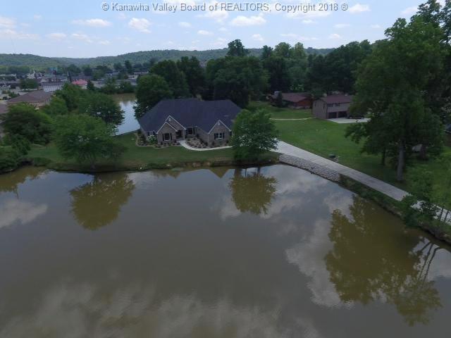 101 Twin Lakes Lane, Hurricane, WV - USA (photo 3)
