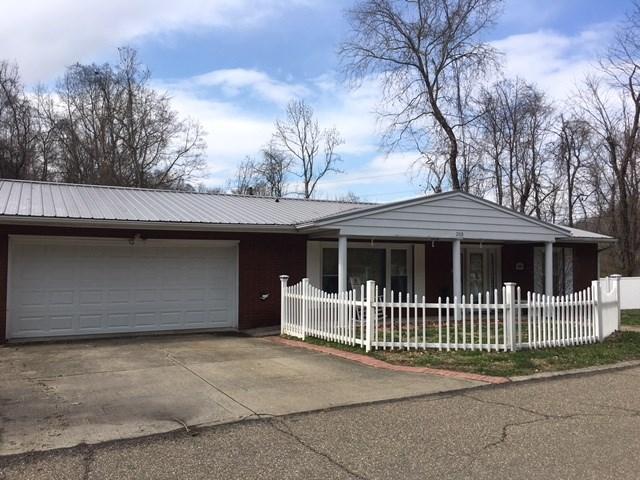 2018 Woodland Drive, Ironton, OH - USA (photo 1)