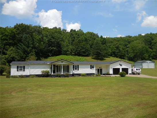 997 Garretts Bend, Griffithsville, WV - USA (photo 1)