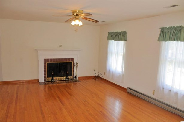 119 Nelson Court, Barboursville, WV - USA (photo 4)