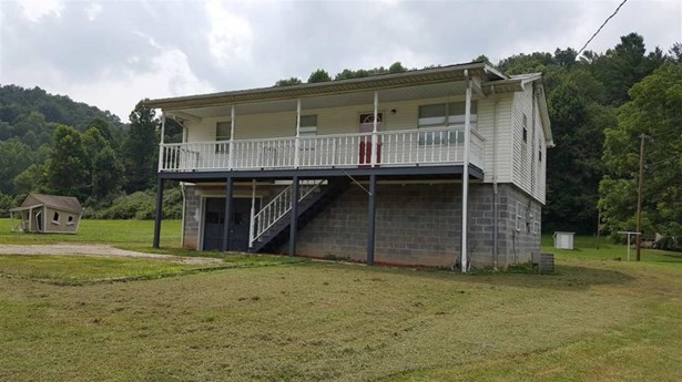 5790 Mcclellan, Branchland, WV - USA (photo 1)