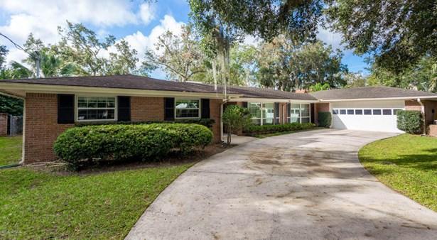 910 Oriental Gardens , Jacksonville, FL - USA (photo 2)