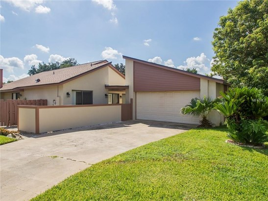 975 Wedgewood , Winter Springs, FL - USA (photo 1)