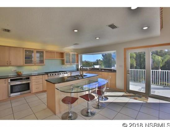 3860 Ridge Cir , Titusville, FL - USA (photo 3)