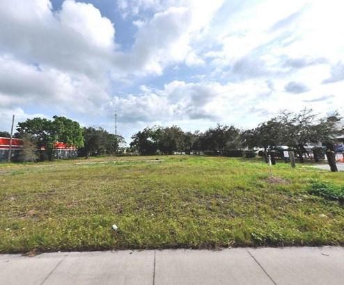 5080 Us Hwy 1 , Fort Pierce, FL - USA (photo 1)