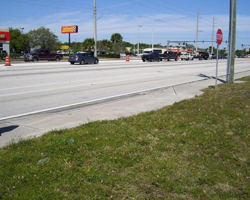 5080 Us Hwy 1 , Fort Pierce, FL - USA (photo 3)