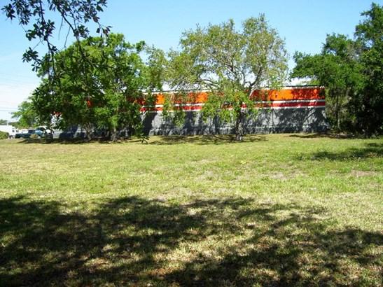 5080 Us Hwy 1 , Fort Pierce, FL - USA (photo 4)