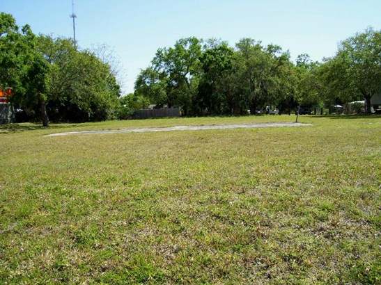 5080 Us Hwy 1 , Fort Pierce, FL - USA (photo 5)