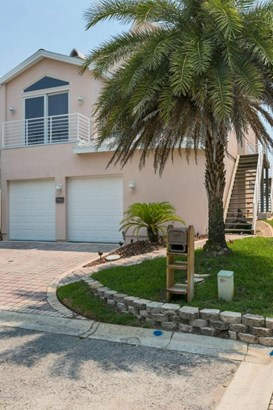 2293 Oceanside , Atlantic Beach, FL - USA (photo 2)