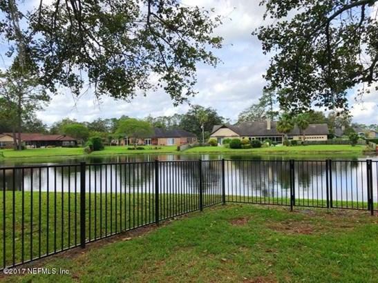 8112 Pine Lake , Jacksonville, FL - USA (photo 2)