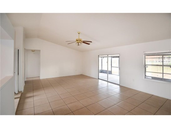 2933 Covington , Deltona, FL - USA (photo 3)