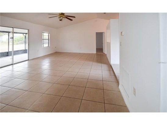 2933 Covington , Deltona, FL - USA (photo 5)