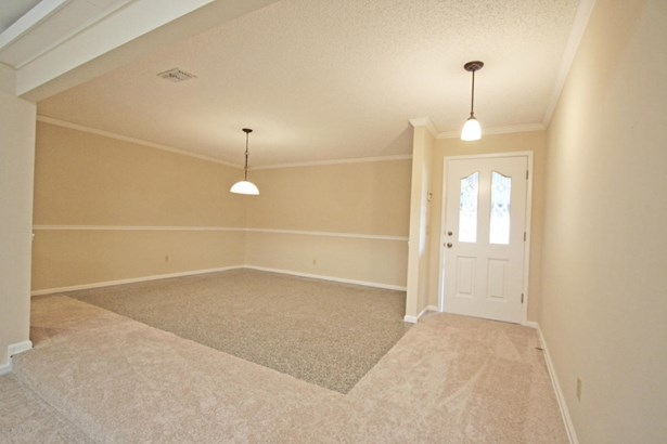 8645 Royalwood , Jacksonville, FL - USA (photo 4)