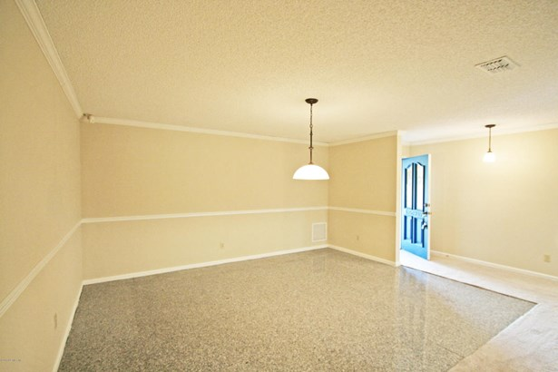 8645 Royalwood , Jacksonville, FL - USA (photo 5)