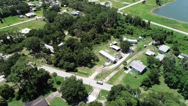 170 Canal , Oak Hill, FL - USA (photo 1)