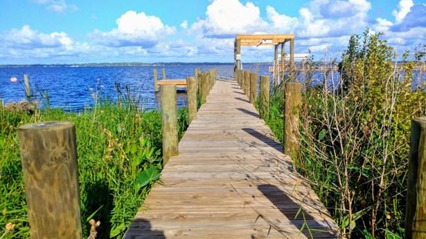 516 Cedar Creek , Palatka, FL - USA (photo 3)