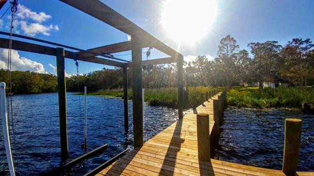 516 Cedar Creek , Palatka, FL - USA (photo 5)