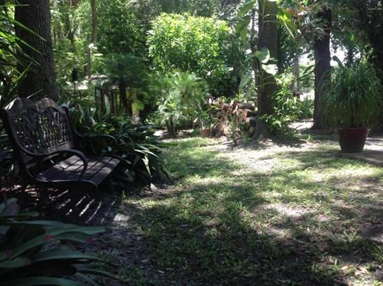 1530 Mango Tree , Edgewater, FL - USA (photo 4)