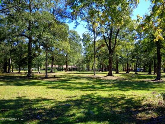 1665 Mccaul , Jacksonville, FL - USA (photo 3)