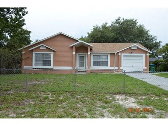 2372 Courtland , Deltona, FL - USA (photo 1)