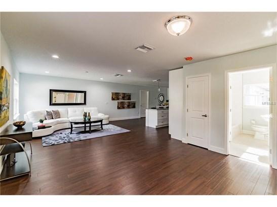 729 Hempstead , Orlando, FL - USA (photo 4)