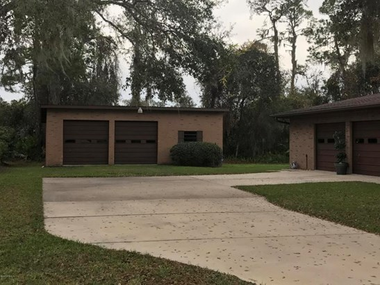 107 Walker , Crescent City, FL - USA (photo 2)