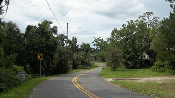 Macy & S. Summit Ave , Lake Helen, FL - USA (photo 3)