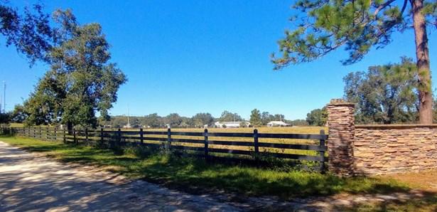 229 Kirkwood , Pomona Park, FL - USA (photo 2)