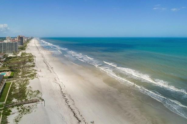 2200 Ocean 2d 2d, Jacksonville Beach, FL - USA (photo 3)