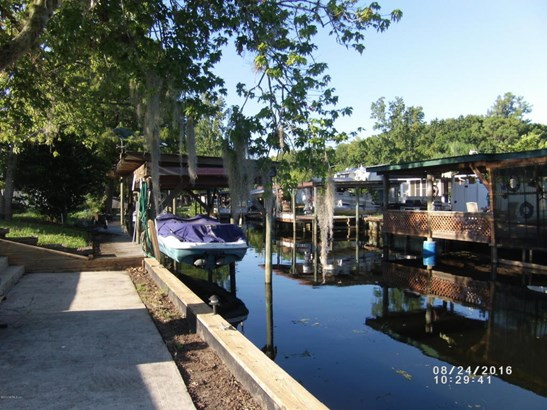 136 Creekside , Satsuma, FL - USA (photo 1)