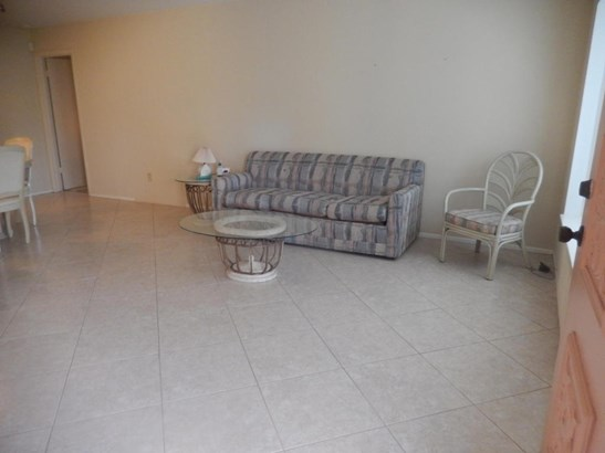 782 Essex , Port St. Lucie, FL - USA (photo 2)