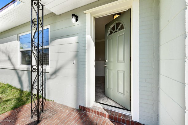 5467 Kingsbury , Jacksonville, FL - USA (photo 2)