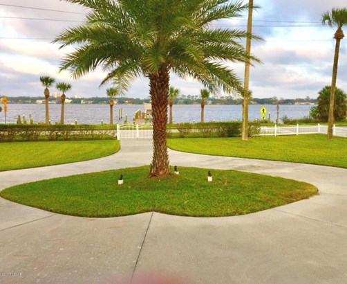 21 Division , Ormond Beach, FL - USA (photo 3)