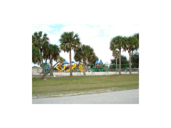 633 Breakwater , Sebastian, FL - USA (photo 5)