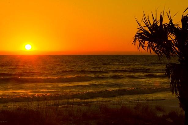 2309 Costa Verde 202 202, Jacksonville Beach, FL - USA (photo 1)